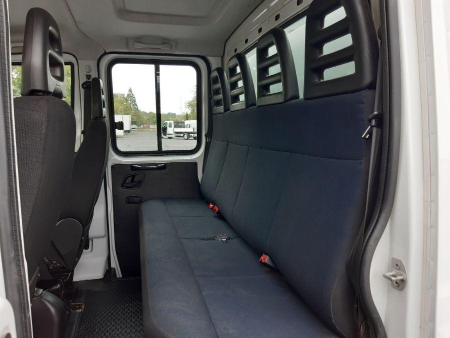 Location d'un utilitaire benne - Iveco Daily Double Cabine RJ - Vue7