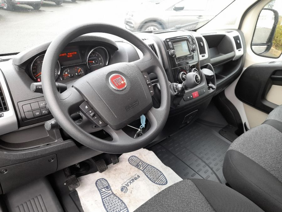 Location d'un utilitaire fourgon à caisse grand volume - Fiat Ducato 20m3 - Vue6