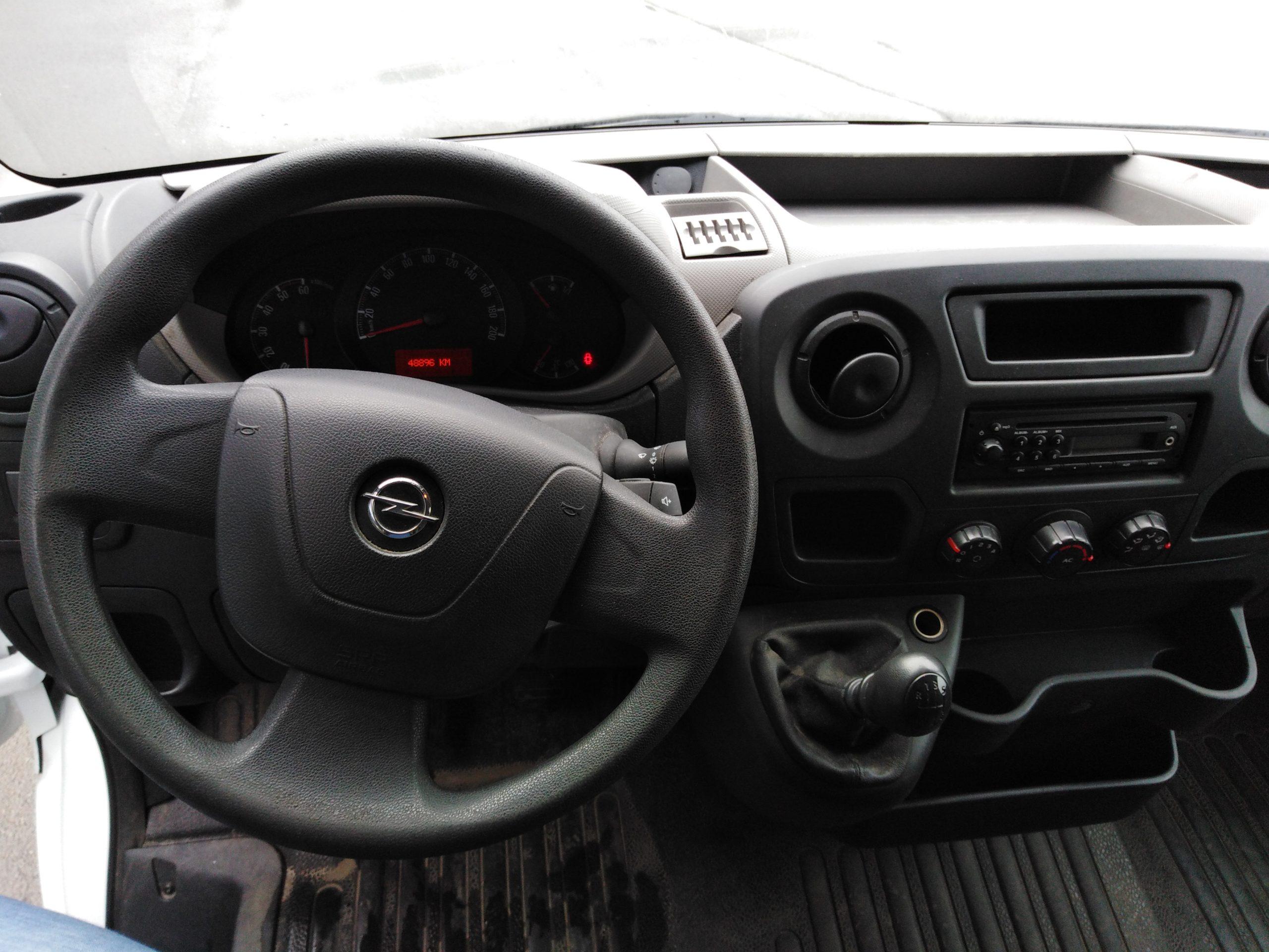Location d'un utilitaire fourgon à caisse grand volume - Opel Movano 20m3 - Vue7
