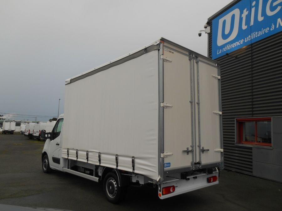 Location d'un utilitaire fourgon à caisse grand volume bâché - Opel Movano PLSC - Vue3