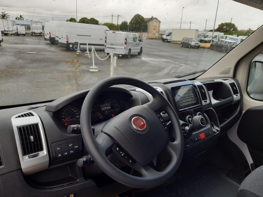 Location d'un utilitaire fourgon maxi surélevé - Fiat Ducato XLH2 14m3 - Vue5