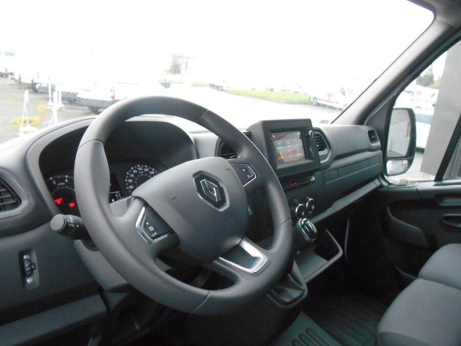 Location d'un utilitaire fourgon maxi surélevé - Renault Master L3H2 12m3 - Vue7