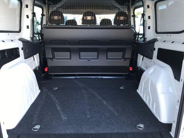 Location d'un utilitaire fourgonnette double cabine - Fiat Doblo -Vue5