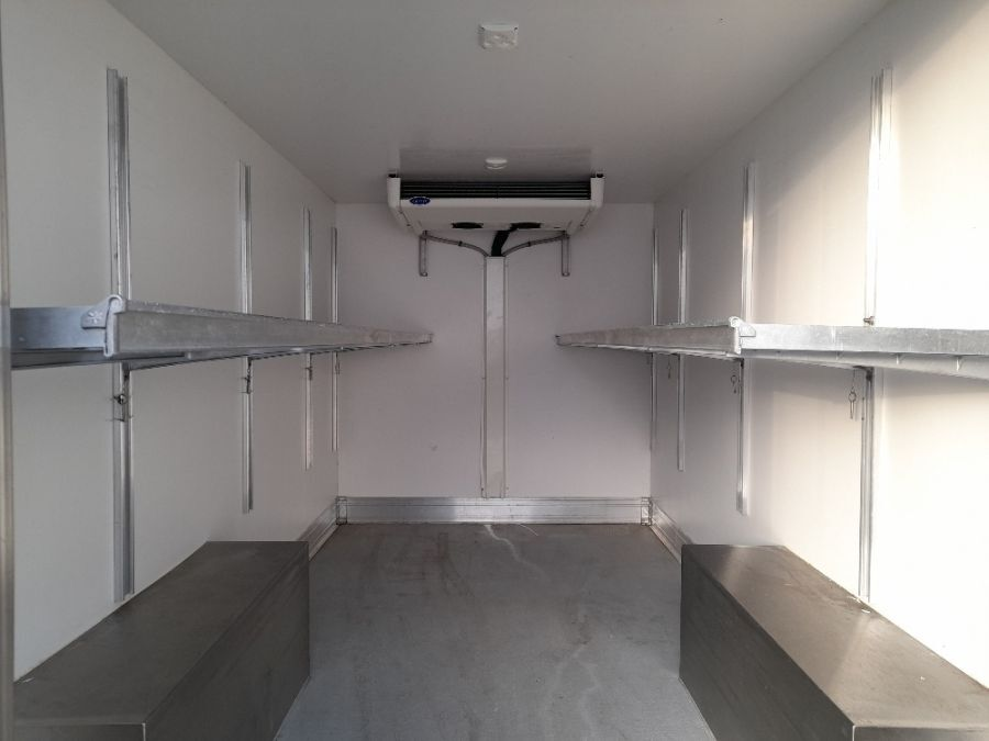 Location d'un utilitaire frigorifique - Peugeot Boxer - Vue5