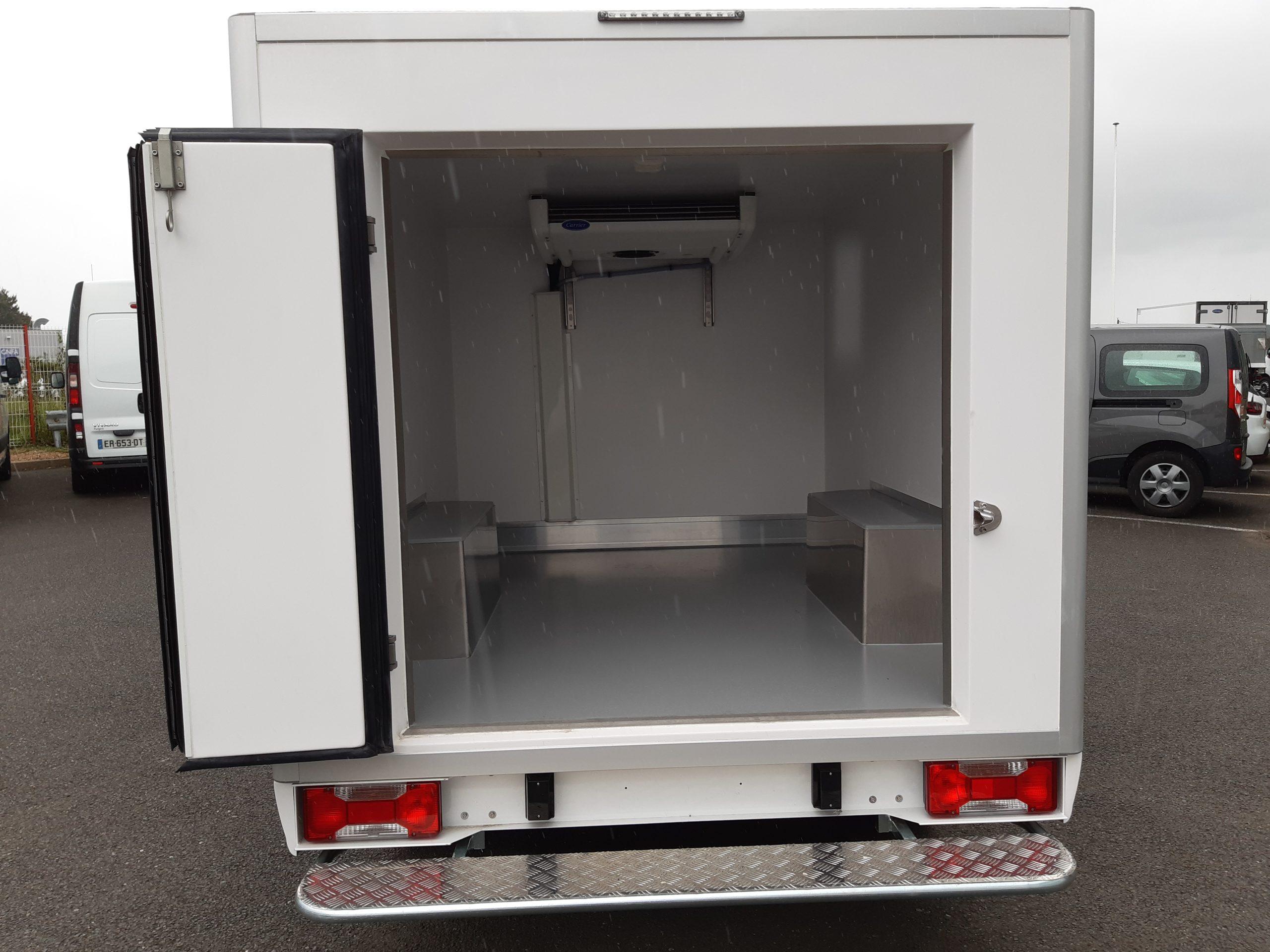 Location d'un utilitaire frigorifique plancher cabine 3m3 - Fiat Doblo Cargo -Vue5