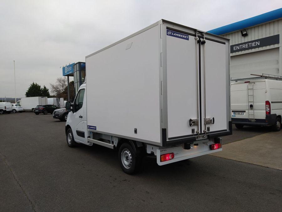 Location d'un utilitaire frigorifique plancher cabine - Opel Movano - Vue4