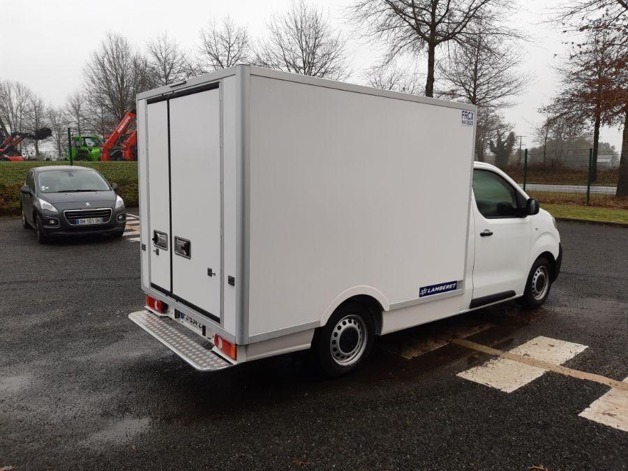 Location d'un utilitaire frigorifique plancher cabine - Peugeot Expert - Vue3