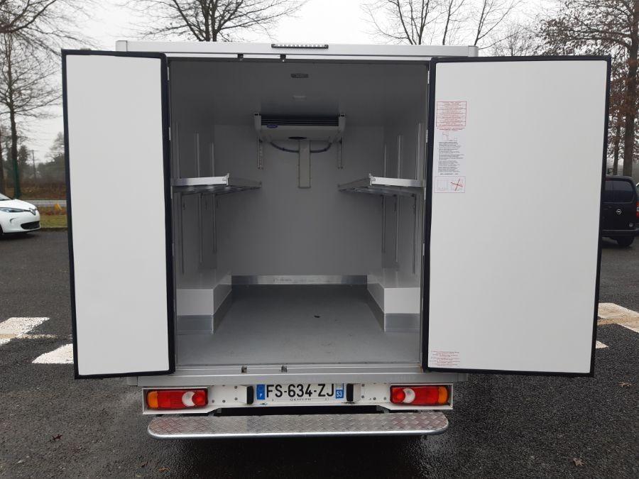 Location d'un utilitaire frigorifique plancher cabine - Peugeot Expert - Vue5