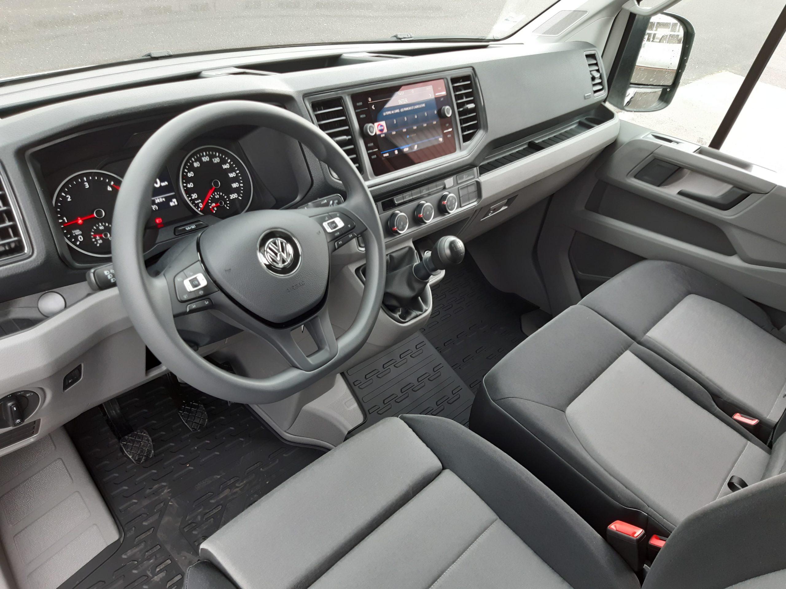 Location d'un utilitaire benne - Volkswagen Crafter benne et coffre - Vue9