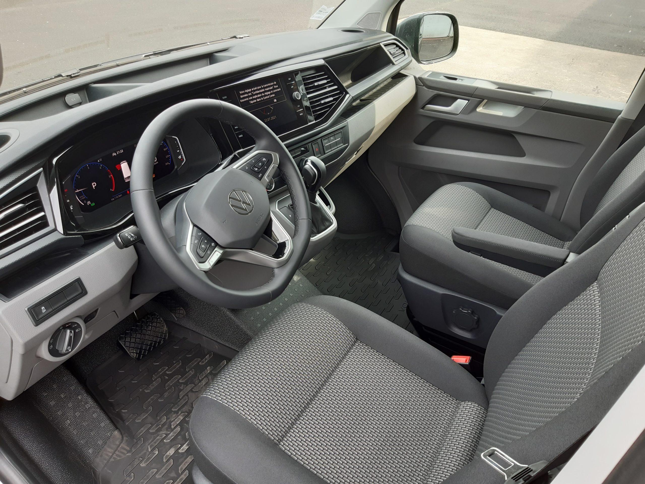 Location d'un fourgon compact double cabine - Volkswagen T6-1 Cabine APP - Vue7
