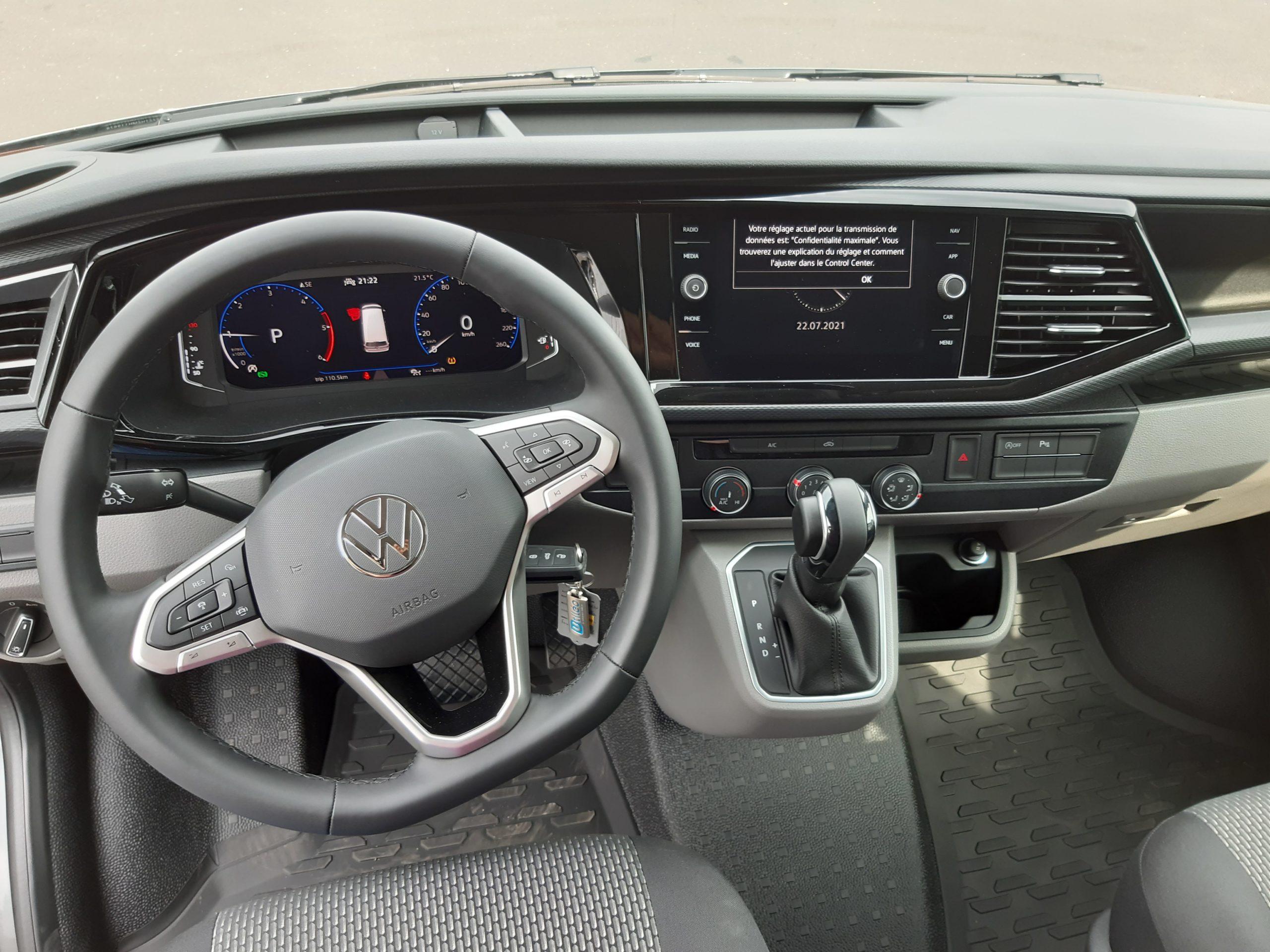 Location d'un fourgon compact double cabine - Volkswagen T6-1 Cabine APP - Vue8